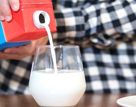 ۵ باور اشتباه درباره شیر گاو