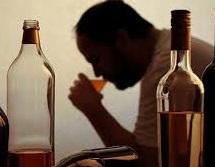 مصرف الکل صنعتی ۵ دیلمی را روانه بیمارستان کرد